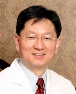 Dr. Byeong Hyun provides acupuncture in johns creek